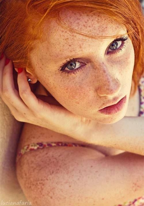 Milf With Freckles Pics