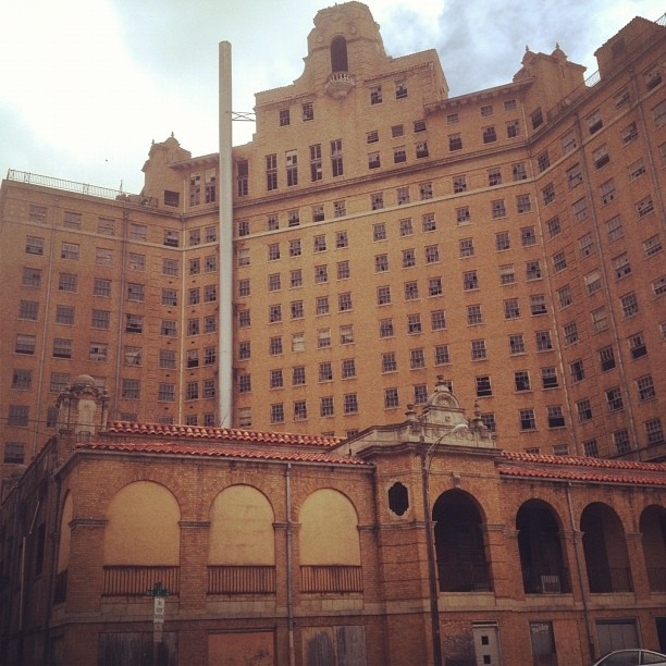 Baker Hotel Mineral Wells Texas Home Of Crazy
