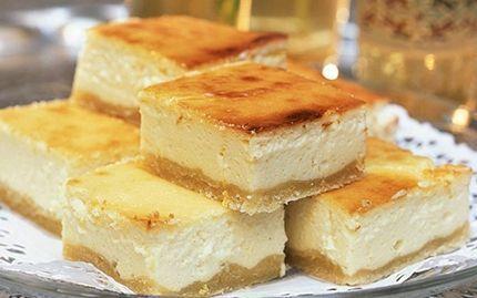 Aladdins drömkaka. Helt underbar, mild och mjuk kaka till efterrätt eller till kaffet. Med frisk och ljuvlig smak från citron och crème fraiche.