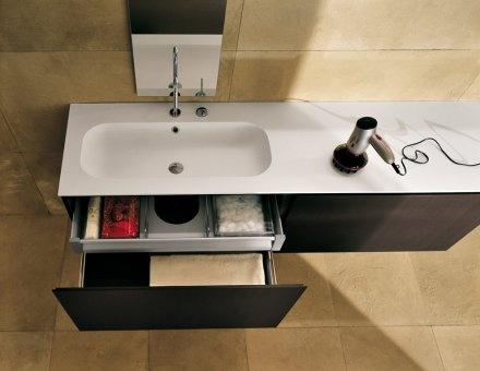 Oltre 25 fantastiche idee su bagni moderni su pinterest design per bagno moderno doccia e - Idee bagni moderni ...