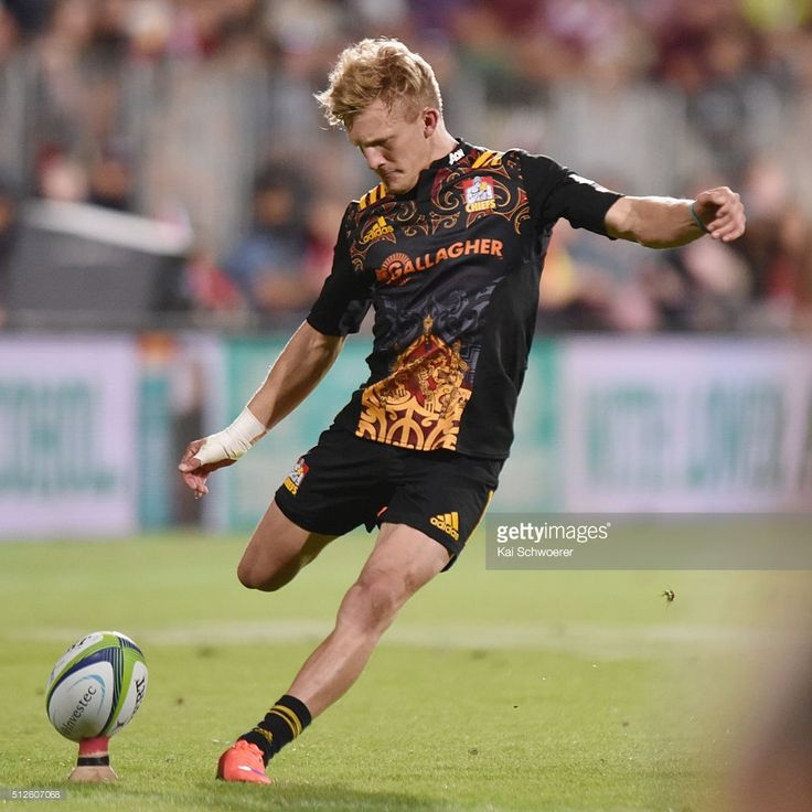 Super Rugby Rd 1 - Crusaders v Chiefs Photos and Images | Getty Images