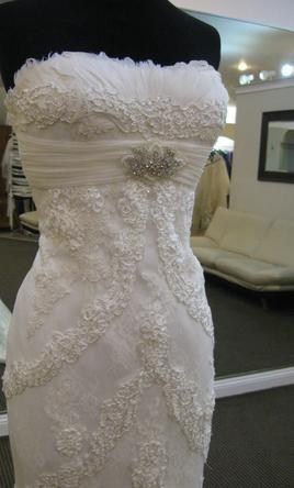 Pronovias Dietrich , $1,400 Size: 10 | New (Un-Altered) Wedding Dresses