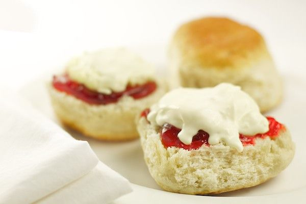 Order a cream tea direct from Cornwall.