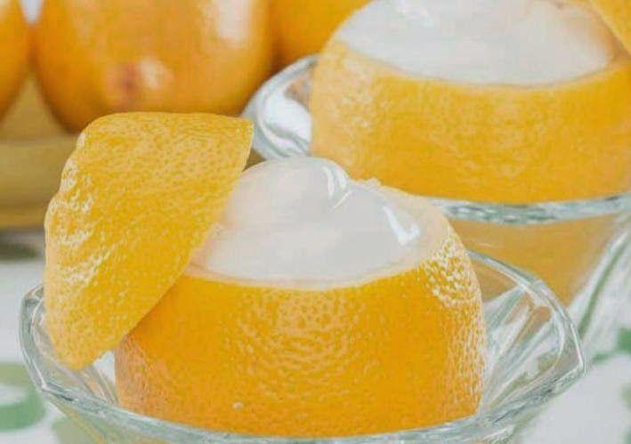 Crema helada de limón ☂ᙓᖇᗴᔕᗩ ᖇᙓᔕ☂ᙓᘐᘎᓮ http://www.pinterest.com/teretegui