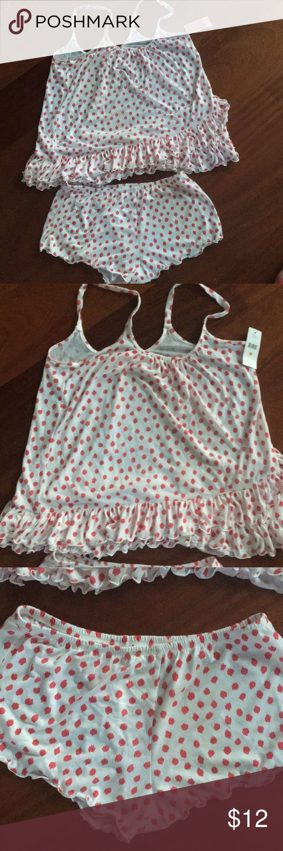 NWT Pajama set Tank and shorts set pajamas . Never worn! Oscar de la Renta Sleepwear Intimates & Sleepwear Pajamas
