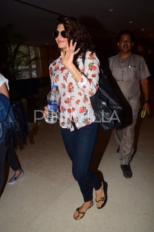 """Jacqueline Fernandez caught a screening of 'Bangistan' in Mumbai . The actress, who appears in a cameo, loved the movie and appreciated all the performances. She also took to Twitter to shower praises on the movie. She wrote, """"Bangistan... you can't miss this one!!! Unbelievable stuff!! Excited for tomorrow's release! Thanks @krnx @Riteishd @PulkitSamrat."""""""
