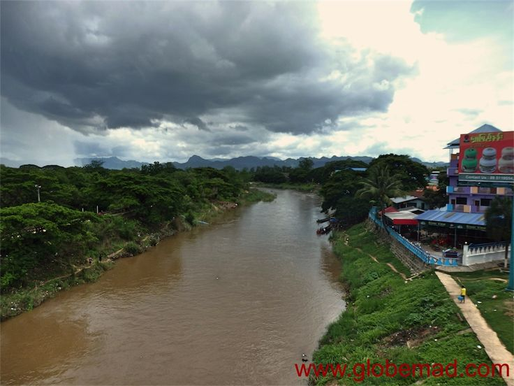 How to enter Burma 2016 border | Crossing overland Thailand to Myanmar Mae Sot to Myawaddy Visa Chiang mai embassy Tak bus Hpa An entry cross maps Maesot