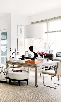 Peek Inside The Offices Of Interior Design's Most Famous Designers! ➤ http://CARLAASTON.com/designed/interior-design-famous-designer-office Suzanne Kasler