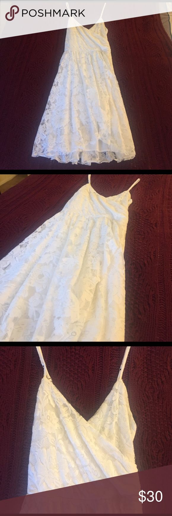White lace Abercrombie Dress White lace Abercrombie & Fitch Dress Abercrombie & Fitch Dresses
