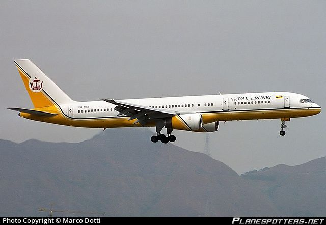 Royal Brunei Airlines Boeing 757-200