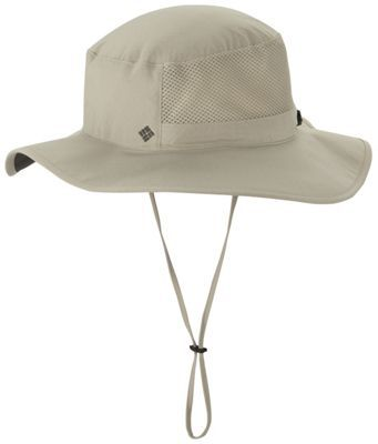 Built for supreme temperature regulation and sun protection in the outdoors, this performance brimmed booney hat is outfitted with UPF 50 fabrication, a vented crown, a wicking sweatband to keep your forehead dry, and all-over Omni-Freeze ZERO® technology, which reacts with sweat to lower the fabric temperature and keep you cool.