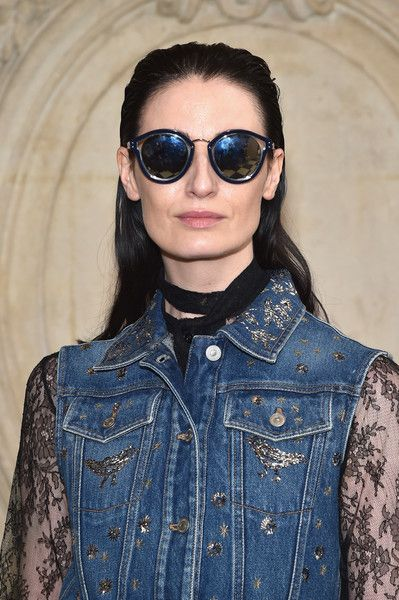 Erin O'Connor Photos Photos - Erin O'Connor attends the Christian Dior show as part of the Paris Fashion Week Womenswear Fall/Winter 2017/2018 at Musee Rodin on March 3, 2017 in Paris, France. - Christian Dior : Photocall - Paris Fashion Week Womenswear Fall/Winter 2017/2018