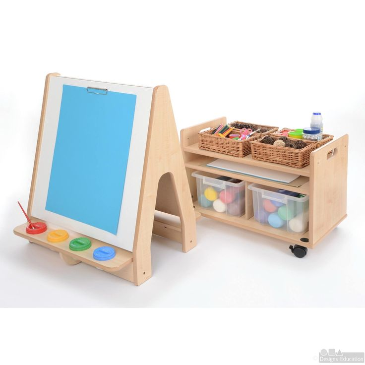 Perfect for smaller children, this beautiful toddler easel & trolley has been dimensioned to suit the height of toddlers & has many great features.