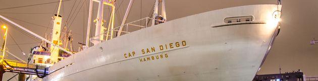 Cap San Diego Hochzeit Pooldeck
