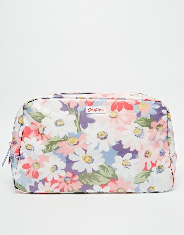 Cath Kidston Classic Box Wash Bag with nylon zip