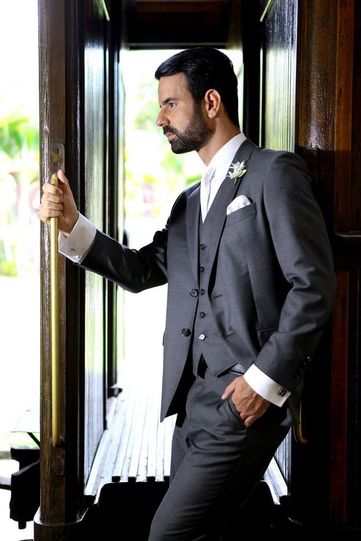 Super promoção para o Traje do Noivo lá na Maison Libanesa Homem: escolha looks completos e elegantes para o seu amor a partir de mil reais. Imperdível!
