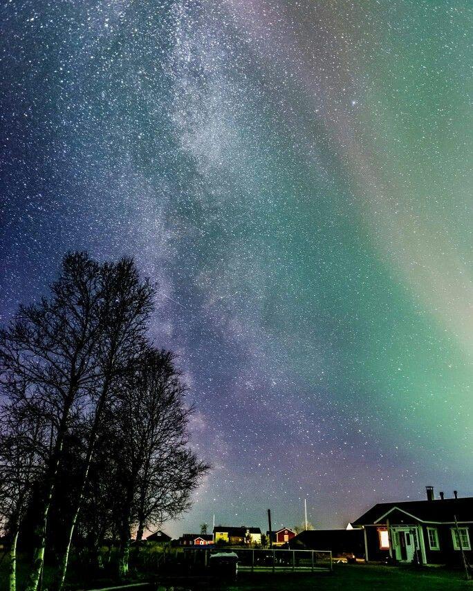 Northen Lighta in Ylläsjärvi Finnish Lapland. Photo by Markus Kiili. Ski resort Ylläs, Finnish Lapland.