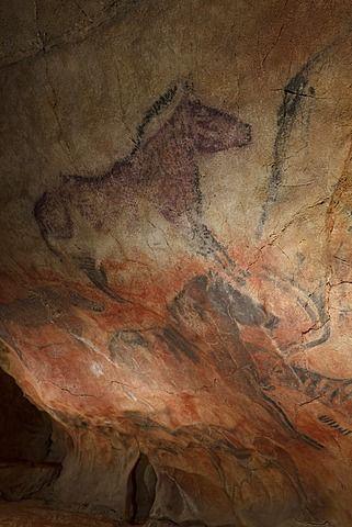 Horses, prehistoric painting, cave painting, about 15000 BCE, Cueva de Tito Bustillo, cave near Ribadesella, replica, Parque de la Prehistoria de Teverga, Teverga, Park of Prehistory in Teverga, province of Asturias, Principality of Asturias, Northern Spain