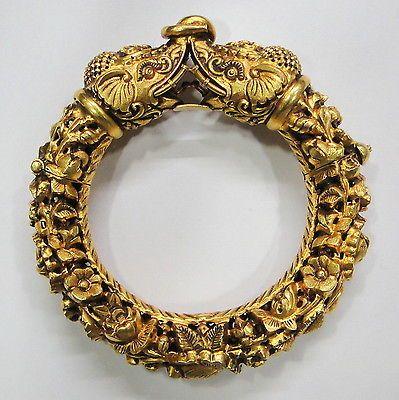 Vintage antique solid 20K Gold elephant hinge Bracelet Bangle Orissa India