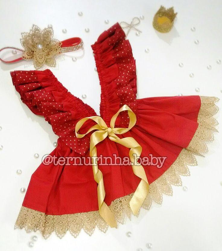 Kit Natal Luxo!!! Lindo vestido Natal vermelho com poá dourado e renda gripir também dourada + Faixa em strass com renda gripir...     Produzimos a partir do RN.    Esse valor é para até 3 anos... Demais numerações , por gentileza consulte-nos... Esse modelo fica a critério quanto à utilização de...