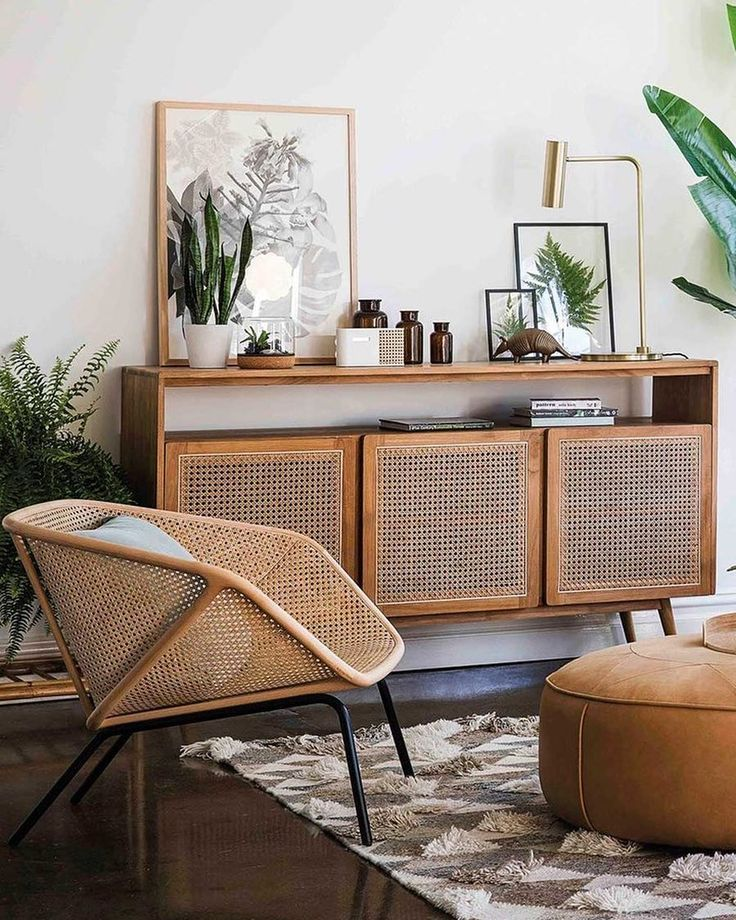 MODERN MEETS RETRO There's no denying that Rattan has made a comeback 👆… #Wohnung