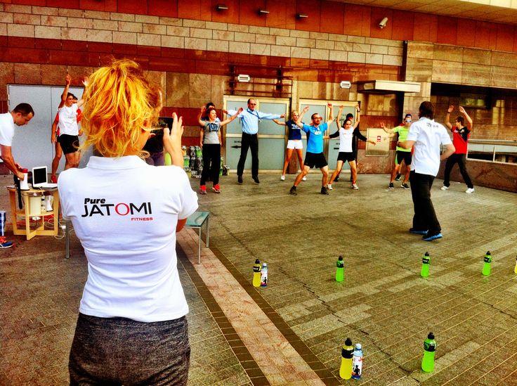 Rozgrzewka z Jatomi Fitness Polska
