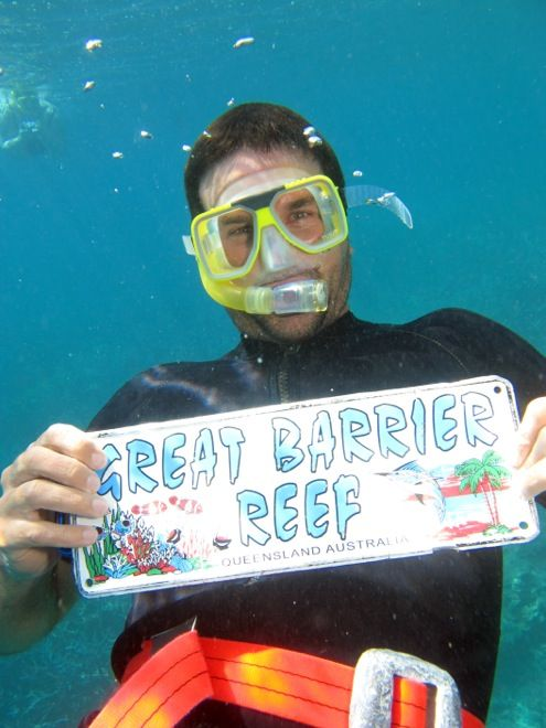 Do you know who this is? Former world number 1, tennis legend Pat Rafter on his family holiday in #Queensland. Check out our interview here. #travelwithkids #familytravel #familyvacations #tennis #greatbarrierreef http://www.suitcasesandstrollers.com/interviews/view/profile-pat-rafter?l=celeb