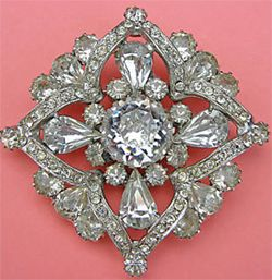 http://www.vintage-bliss.com/image-files/weiss-vintage-jewelry.jpg