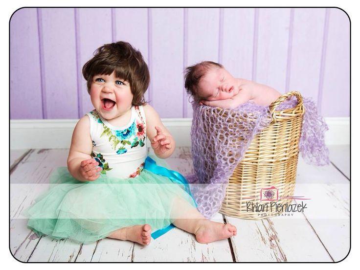 Families. Sisters. Rainbow babies. Rhian Pieniazek Photography.