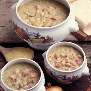 A recipe for Friulian Bean And Sauerkraut Soup from La Cucina Italiana.  Want to learn eat it here in person?  www.vinoesapori.it