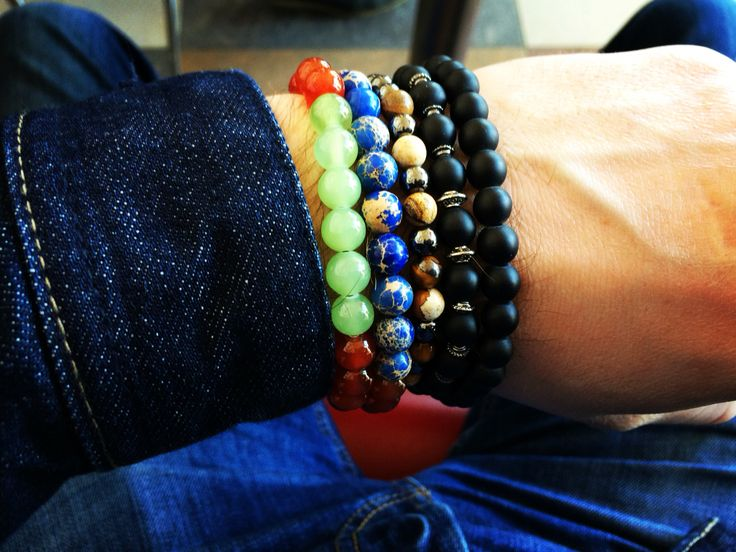 Bracelets made of natural stones made by hand!
