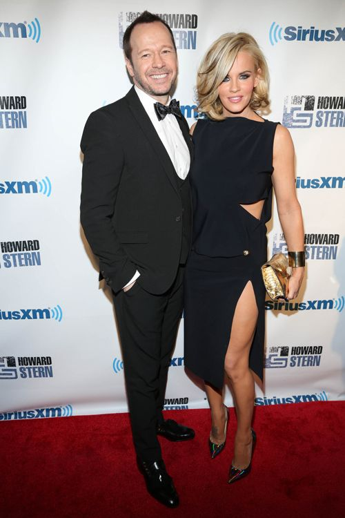 Brides: Jenny McCarthy and Donnie Wahlberg Shared Their Wedding Album!