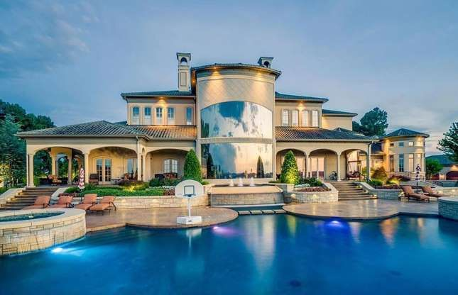 Arkansas Mediterranean Mansion Fort Smith 10 9 Million 8 3m Zillow Expensive Houses Luxury Expensive Houses Mansions