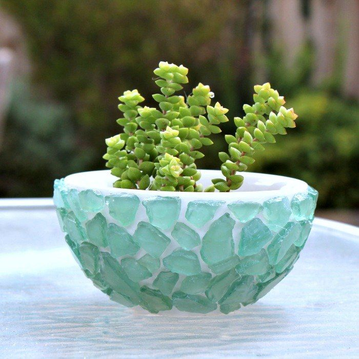 Look What She Did With A Plain Dollar Store Bowl