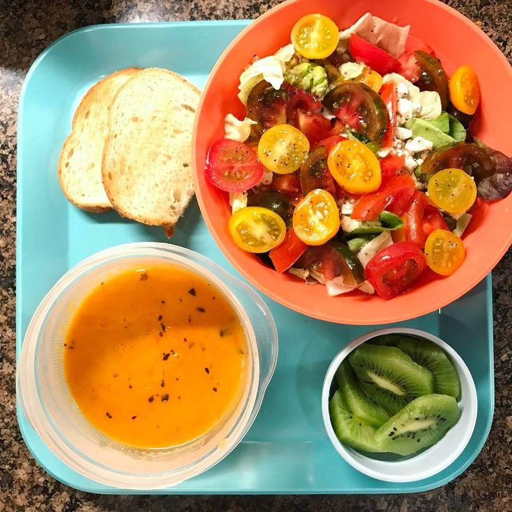 My daughter's dinner: Greek salad with heirloom grape tomatoes, kiwi, organic tomato basil bisque from @costco, and toasted Italian bread  #eattherainbow #organic #healthykids #vegetables #justeatrealfood  #healthyfood #igmeals #momlife #healthykidscommunity #cleaneating #healthyeating #cleaneats #healthychoices  #veggies #instagood #nutrition #healthylife #healthyfamily #wholefoods #dinner #cooking #healthy #health #naturalfood #parenting #realfood #organicfood #eeeeeats #foodie #superfo...