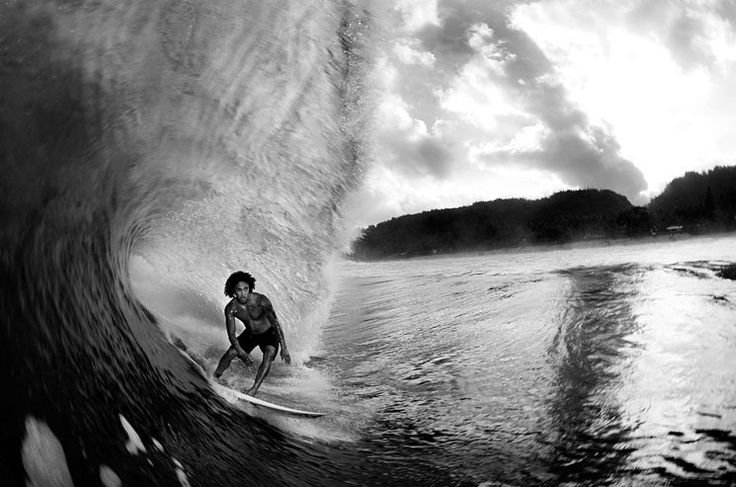 Ben DeCamp :: Photography |   Some of the best inside the tube shots I've ever seen.