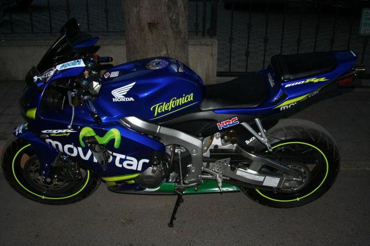 Honda CBR600RR Movistar #11