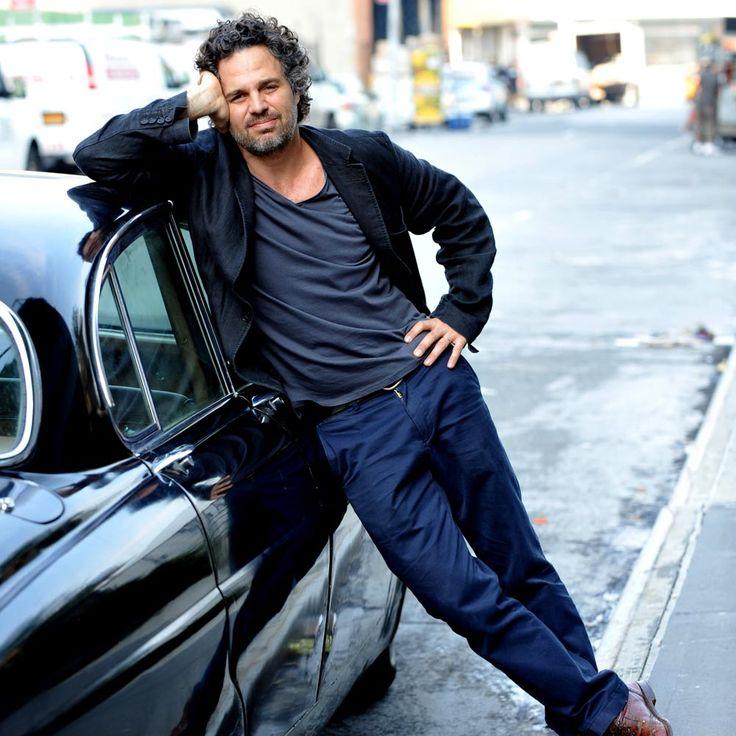Five reasons we love Mark Ruffalo    Harper's Bazaar