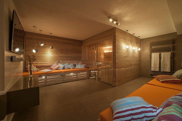 Behagliche Wärme: #Sauna und Ruheraum perfekt vereint. Mehr Sauna-Ideen für die eigenen vier Wände gibt es hier: http://www.teka-sauna.de/teka-sauna-home/