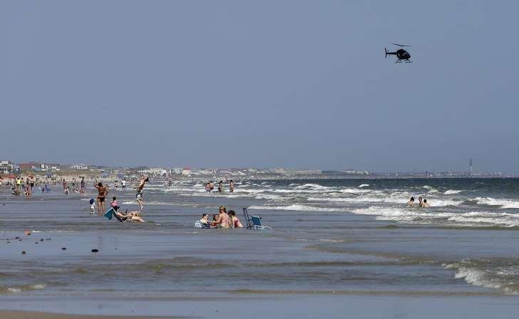 Vor diesem Strand auf Oak Island in North Carolina wurden im Juni an einem Tag zwei Jugendliche bei Hai-Angriffen schwer verletzt