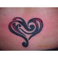 Google Afbeeldingen resultaat voor http://3.bp.blogspot.com/_6c3nurU491o/SZTh91QBJqI/AAAAAAAAAmQ/dNTiuZW0dBI/s320/tn_Tribal_Heart_Tattoo.JPG