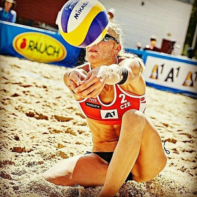Best in beachvolleyball almost new Michael Kvapilová ...❤❤ She is the BEST and AMAZING ❤ #best#beachvolleyball#beachvolleyballgirl#girl#mikasa #ball#sand#cze#czechbeachvolleyballplayers #czechrepublic#czechia#cze#rauch#follow#like#please#lovr#amazing#volleyballplayer#volleyballgirl#volleyball#winning#live#earth#summer#