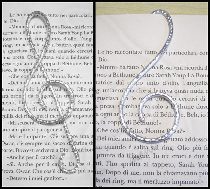 wire book marker                                                                                                                                                                                 More