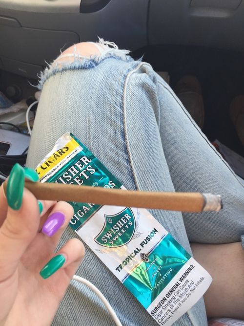 nails and weed | kush queen | The Crystal Cult