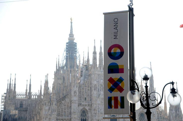 #Milano si prepara all'Expo2015 - #Milan is getting ready for #Expo2015 - #FocusOnExpo #PiazzaDuomo