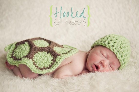 Crochet Turtle Cape and Hat - Newborn Photography Prop. $40.00, via Etsy.
