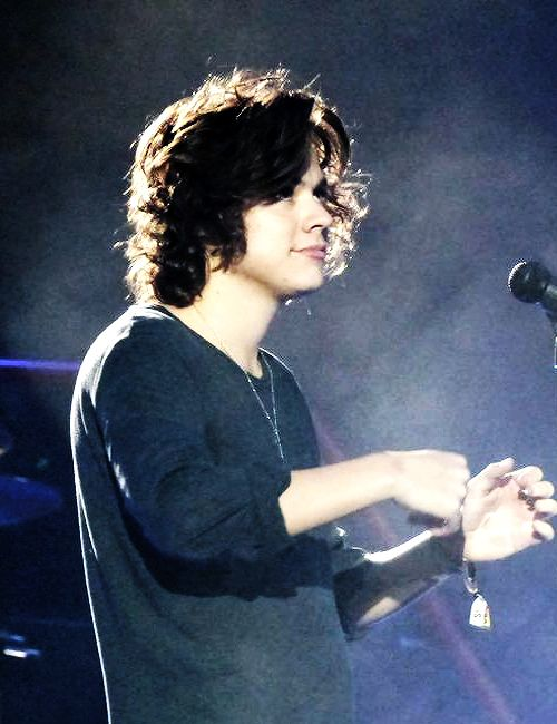 Ok so his hair actually looks pretty perfect in this pic so I mean he's just cute no matter what honestly