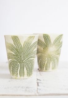 $159.00We love these baskets, with their lovely pear shape and black dipped bottoms they are perfect for storage and the cutest pot plant holders ever! They come in a set of 3 different sizes so style them in a cluster or spread them out around your home.