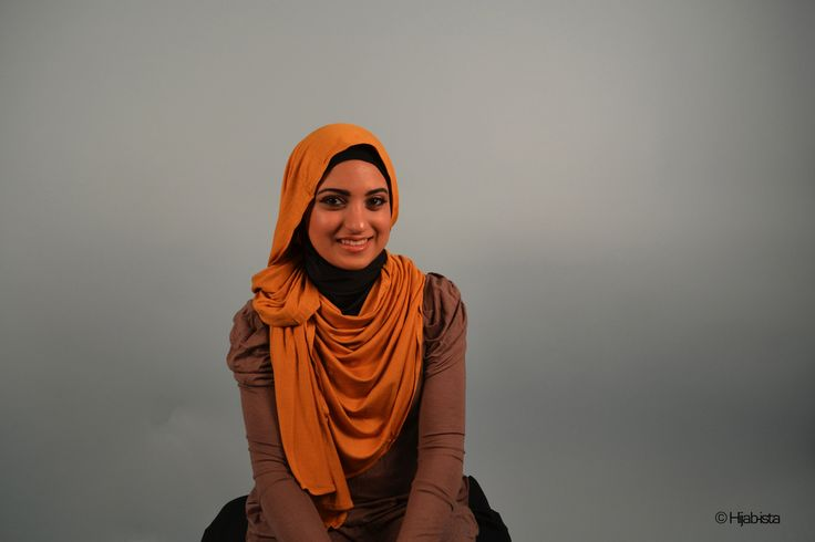Hijab-ista, Muslim and modest fashion as designed by Zamena Momin and Anam Momin and based in the U.S. An American label, here is featured a mustard yellow pashmina shawl wrapped in Indonesian hijab style.