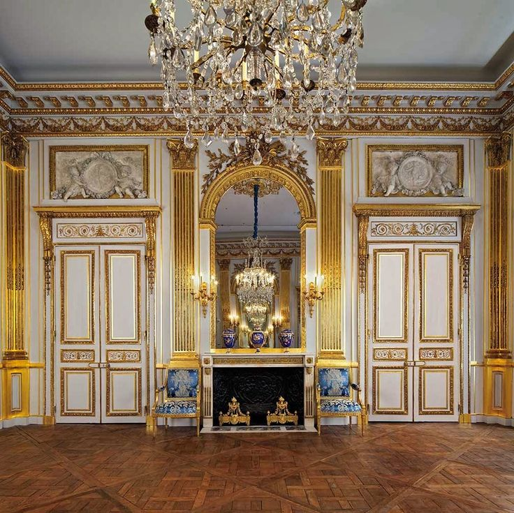 'The Salon Doré,' Legion of Honor Museum in San Francisco  Richly carved and gilded, this lavish room was designed during the reign of Louis XVI as the main salon de compagnie of the Hôtel de La Trémoille on the Rue Saint-Dominique in Paris.